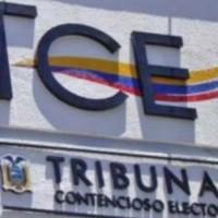 «No todo el mundo se reúne para conversar cuestiones indebidas»: Juez Ángel Torres aclara que sí habló con Yaku Pérez